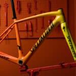 Rower Rafała Majki w Rio de Janeiro i rama zmieniająca kolor (SPECIALIZED TORCH)