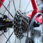 Najtańszy rower szosowy: Ile kosztuje tania kolarka i czy warto?