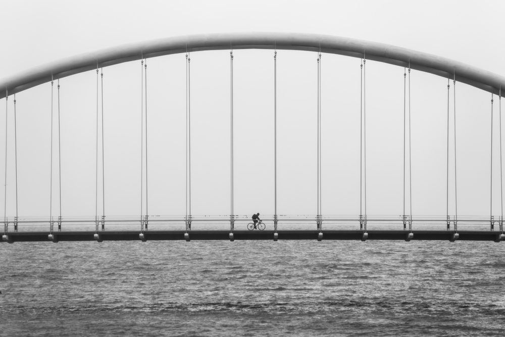 sea-black-and-white-bridge-suspension-bridge