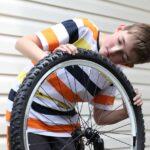Jak wymienić dętkę rowerową w prosty sposób?