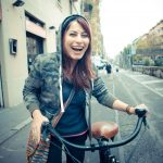 Dojazd rowerem do pracy 20 km: Czy dasz radę? Czy warto? Jak się przygotować?