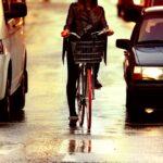Jaka jest geneza konfliktu na linii kierowcy - rowerzyści w Polsce?