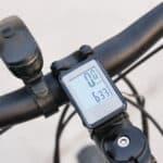 Jak wybrać dobry i tani licznik kilometrów?