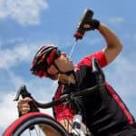 Jazda rowerem na kacu: Kiedy można, a kiedy lepiej nie ryzykować?