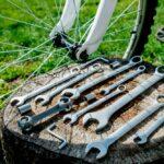 Jak wymienić klocki hamulcowe v-breake w rowerze górskim?