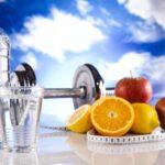 Czy picie wody z cytryną na czczo jest zdrowe?