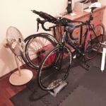 Czy trenażer rowerowy jest głośny? W jaki sposób skutecznie go wyciszyć?
