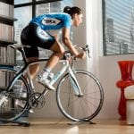 Opinie: Czy warto kupić trenażer rowerowy do trenowania w domu?