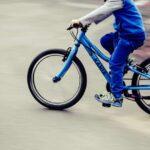 Jak szybko i bezpiecznie nauczyć dziecko jazdy na rowerze? Sprawdzone metody rodziców