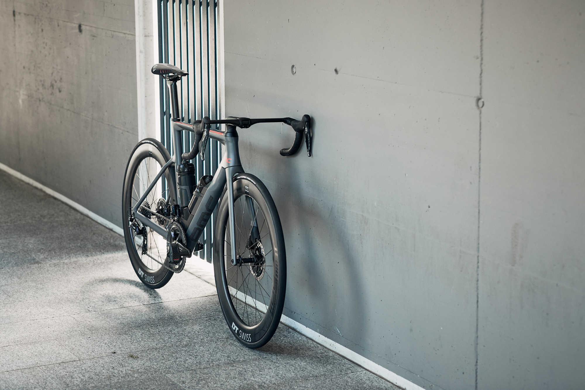 Rower szosowy BMC Timemachine Road 01 ONE 13 (mat. pras.)